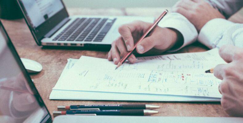 Репетитор по математике — плюсы и минусы